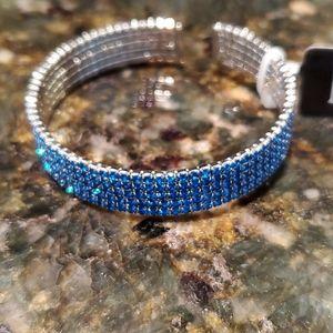💝 Blue rhinestone flex bracelet